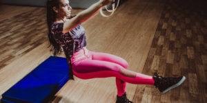 Jak wybrać odpowiednią koszulkę na fitness?